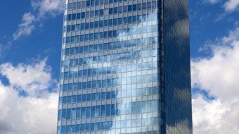 Façade vitrée de la Tour Incity, opération du projet Lyon Part-Dieu.