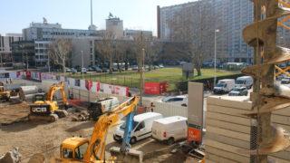 Le chantier du centre commercial sur la rue des Cuirassiers et sur la rue Bouchut