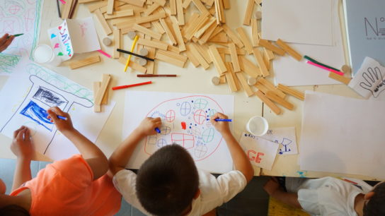 Les ateliers archi-ludiques pour les enfants à Lyon Part-Dieu, afin de leur faire découvrir le projet.
